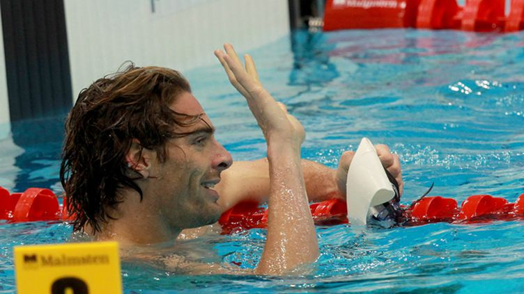 (Camille Lacourt remporte le 50 m dos aux Championnats d'Europe de natation  © MaxPPP)
