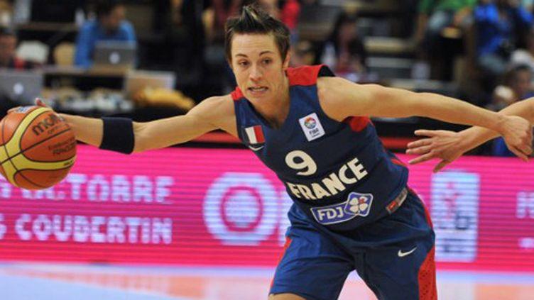 La capitaine de l'équipe de France, Céline Dumerc