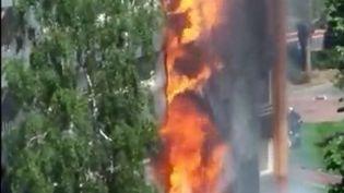Incendie à Londres : quelles normes de protection contre les incendies en France ? (FRANCE 2)