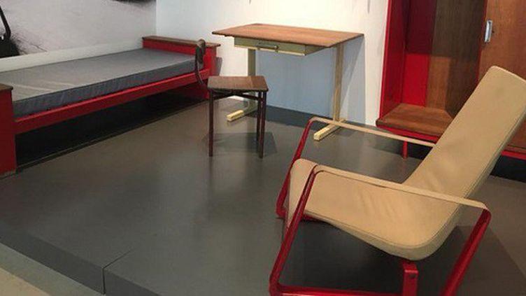 Simples et fonctionnels, les meubles de la chambre universitaire créés par Jean Prouvé s'exposent au Musée des Beaux-Arts de Nancy  (France 3 / Culturebox )