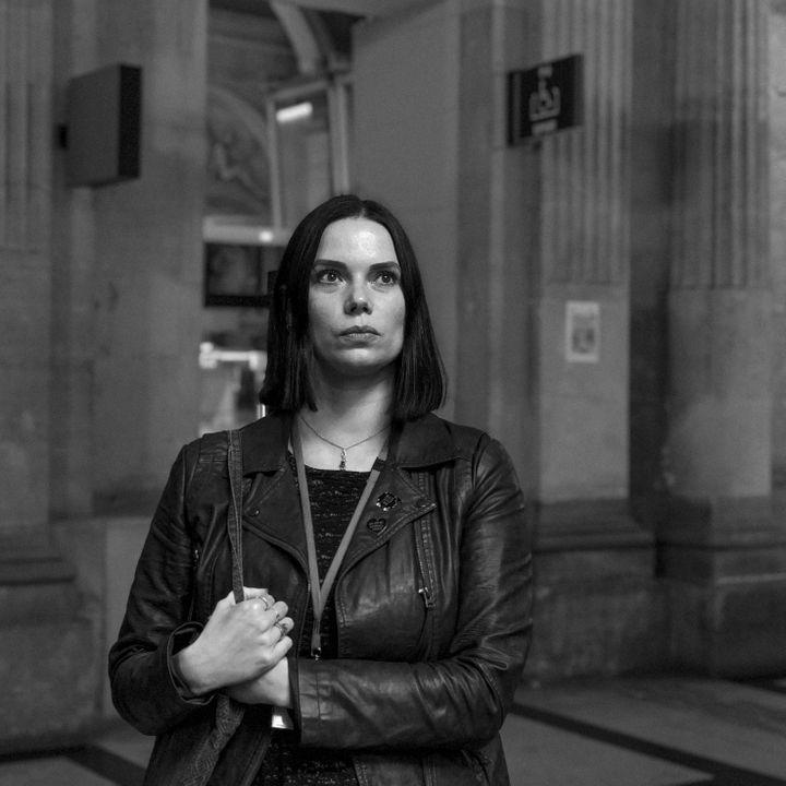 Coralie, victime des attentats du 13-Novembre au Bataclan, partie civile au procès. (DAVID FRITZ-GOEPPINGER POUR FRANCEINFO)