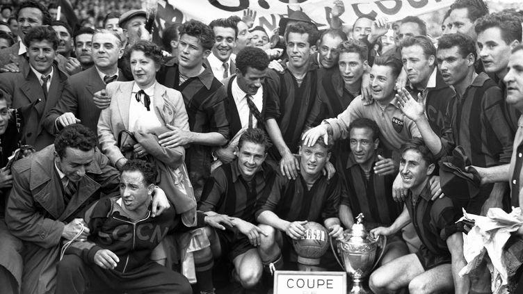L'OGC Nice vainqueur de la Coupe de France 1952 avec Pancho Gonzalès (STAFF / AFP)