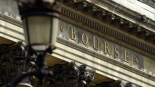 Les entreprises côtés à la Bourse de Paris ont dégagé 95 millions d'euros de bénéfice en 2017. (MAXPPP)