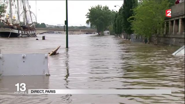 "Inondations : ""Le pic de crue est attendu cet après-midi"""