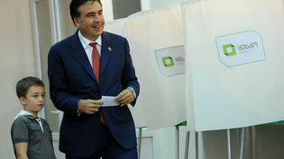 Le président MikheilSaakachvili, le 1er octobre 2012,jour du scrutin. (VANO SHLAMOV / AFP)