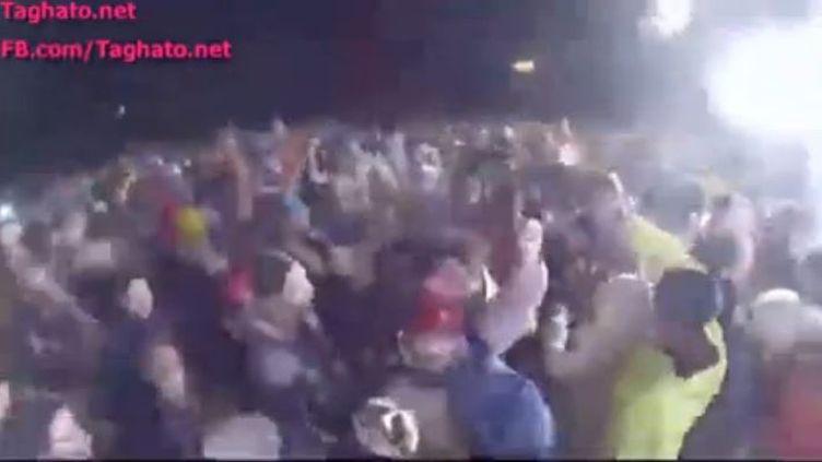 Capture d'écran de la vidéo publiée sur Facebook, montrant des images de la fête d'inauguration de la station de ski deShemshak, au nord-est de Téhéran, en Iran. (TAGHATO / FRANCETV INFO)