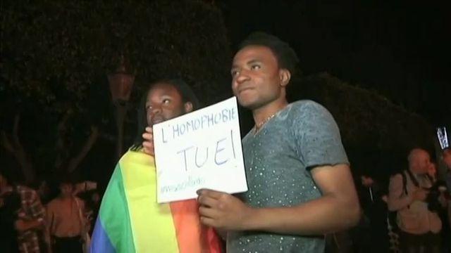 Maroc : des dizaines de militants LGBT rendent hommage aux victimes d'Orlando