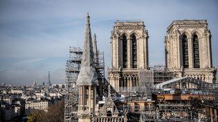 La reconstruction de la cathédrale Notre-Dame de Paris est toujours en cours (24 novembre 2020). (MARTIN BUREAU / AFP)