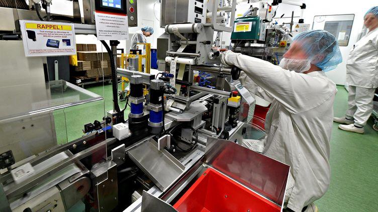 Le groupe Sanofi veut relocaliser en Europe et en France la fabrication des produits actifs des médocs jusqu'à présent en Chine.Photo d'illustration. (MAXPPP)