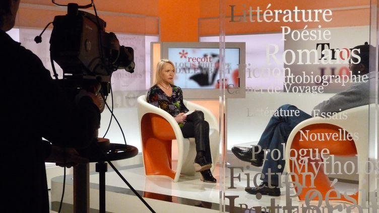 (Des femmes sur les plateaux télé (ici sur France Ô) ? C'est trop rare selon le CSA © Nathalie Guyon/ FTV)