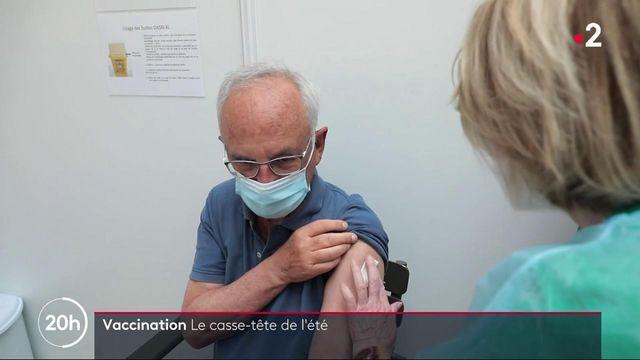 Vaccin contre le Covid-19 : peut-on recevoir un seconde dose sur un lieu de vacances ?