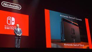 La Nintendo Switch est présentée, le 13 janvier 2017, à Tokyo (Japon). (MIHO IKEYA / YOMIURI)