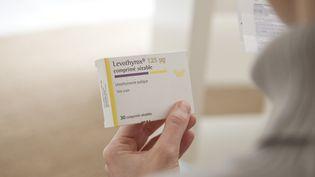 Le Levothyrox, qui traite l'insuffisance thyroïdienne, commence à manquer dans les pharmacies. (B. BOISSONNET / BSIP / AFP)