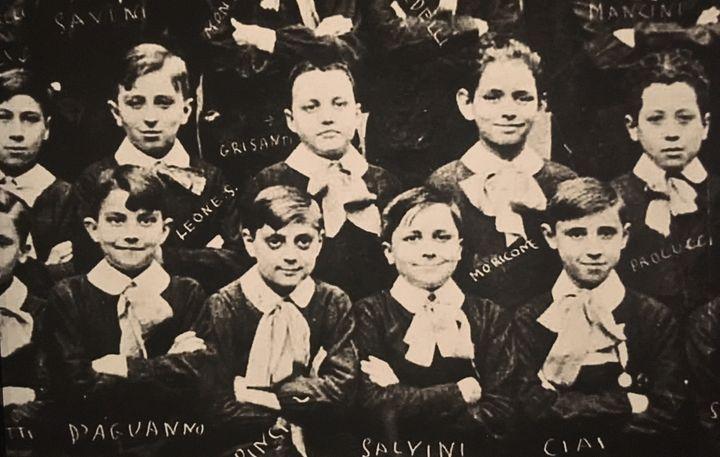 Sergio Leone (2e en haut) et Ennio Morricone (4e en haut) enfants à l'écoleSaint-Jean-Baptiste-de-La-Salle de Rome  (Jacky Bornet (Expo Sergio Leone CInémathèque française))