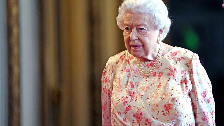 La reine Elizabeth II au palais de Buckingham, à Londres (le Royaume-Uni), le 17 juin 2019. (AFP)