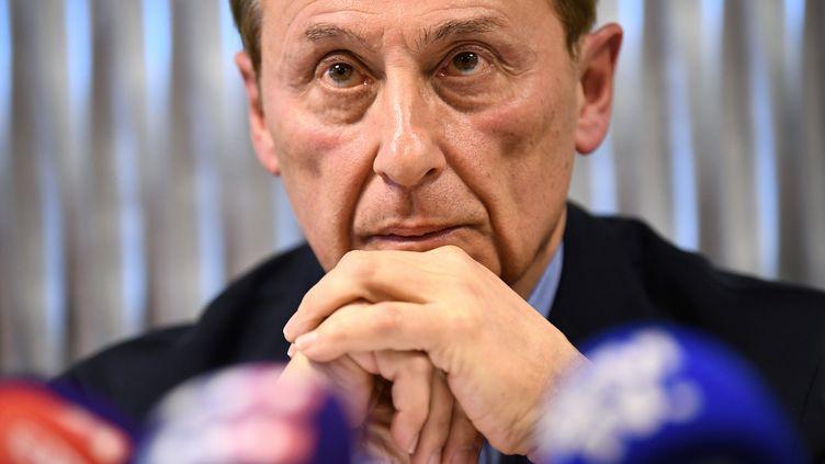 Didier Gailhaguet, le président de la Fédération française des sports de glace, répond aux journalistes, lors d'une conférence de presse, le 5 février 2020. (FRANCK FIFE / AFP)