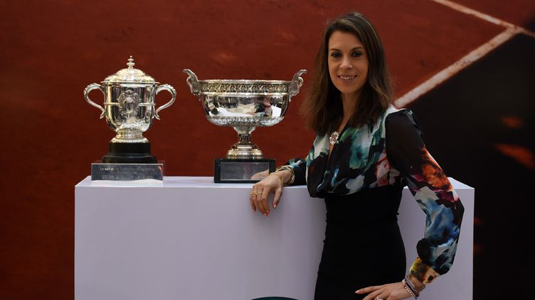 L'ancienne championne française de tennis Marion Bartoli, le 7 février 2016 à New Delhi (Inde). (SAJJAD HUSSAIN / AFP)