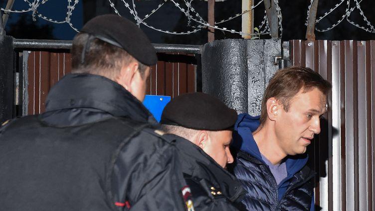 L'opposant russe Alexeï Navalny le 24 septembre 2018 à Moscou (Russie) lors de sa sortie de détention. (VASILY MAXIMOV / AFP)