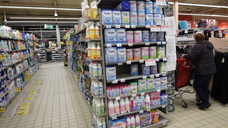 Un supermarché d'Orléans (Loiret), le 11 janvier 2018. (GUILLAUME SOUVANT / AFP)