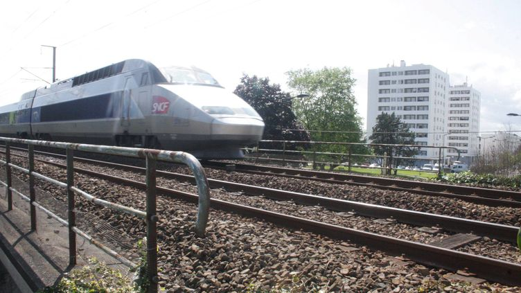 Un des accidents s'est produit à Lanester (Morbihan), dans la nuit de samedi à dimanche 15 juillet. (CHARLES JOSSE / MAXPPP)