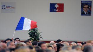 Des militants de l'UMP, le 15 novembre 2012 à Toulouse. (PASCAL PAVANI / AFP)
