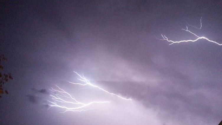De violents orages ont frappé une partie de la Bretagne dans la soirée de samedi 15 août (photo d'illustration). (FLORENCE GOTSCHAUX / FRANCE-BLEU DRÔME-ARDÈCHE)