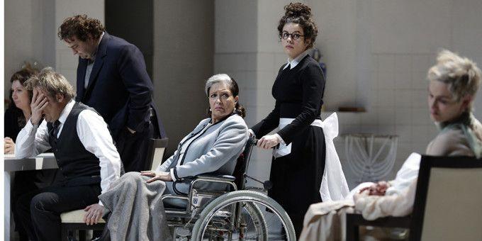 Françoise Fabian, la mère d'Orgon  (Thierry Depagne)