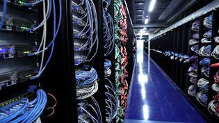 Un data center à Saint-Ouen-l'Aumône (Val d'Oise) le 9 juillet 2021. (ALAIN JOCARD / AFP)