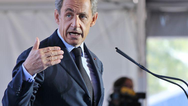L'ancien président de la République Nicolas Sarkozy présente son programme économique à l'université d'été du Medef, sur le campus de HEC, à Jouy-en-Josas (Yvelines), le 31 août 2016. (PAUL ALFRED-HENRI / CITIZENSIDE / AFP)