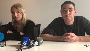 Laura et Jérôme, parents d'une victime de Joël Le Scouarnec, réclament un procès public. (MARGAUX STIVE / FRANCEINFO)