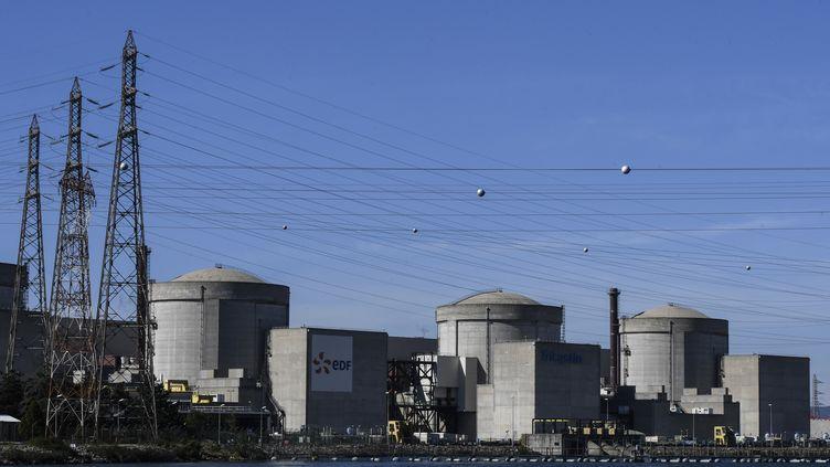 La centrale nucléaire de Tricastin. (PHILIPPE DESMAZES / AFP)