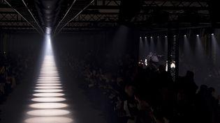 Paris Fashion Week automne-hiver 2020-21, en mars 2020 : attente du show Givenchy (PIXELFORMULA/SIPA)