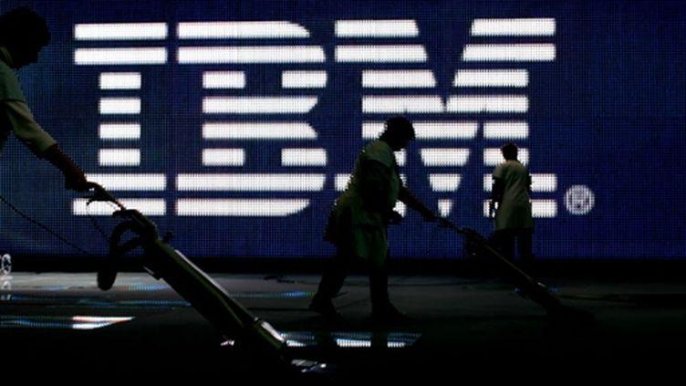 Des cadres d'IBM sont accusés de délits d'initiés. (© AFP/Nigel Treblin)