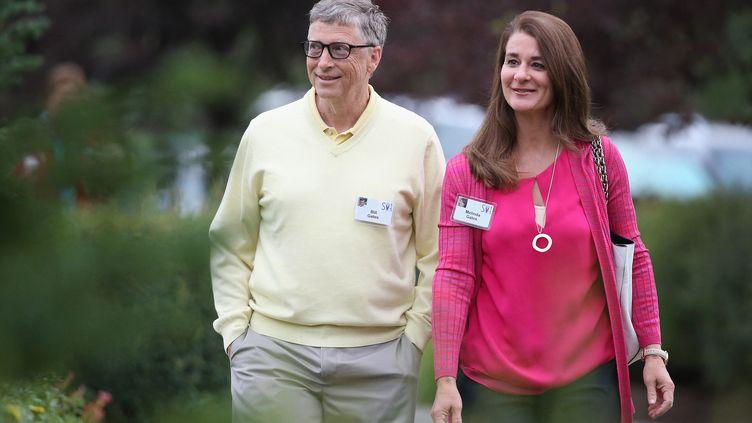 Bill et Melinda gates, le 11 juillet 2015, à Sun Valley, dans l'Idaho aux Etats-Unis. (SCOTT OLSON / GETTY IMAGES NORTH AMERICA / AFP)