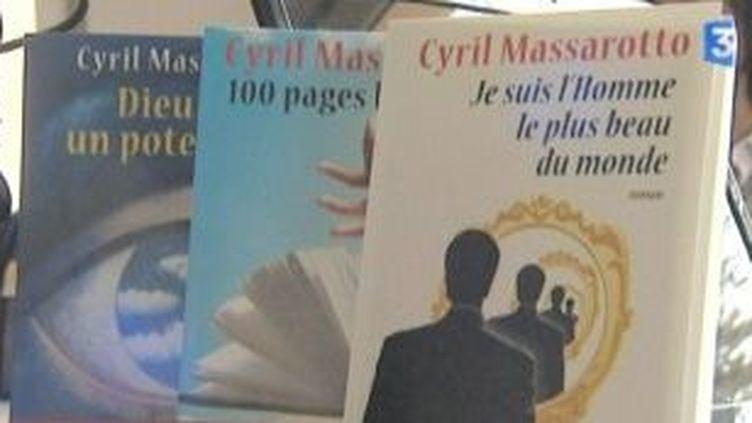 """""""Je suis l'homme le plus beau du monde"""", écrit Cyril Massarotto  (Culturebox)"""