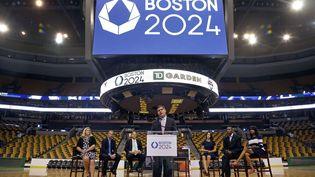 Le maire de Bsoton (Etats-Unis) détaille le dispositif olympique de Boston, ville candidate pour accueillir les JO de 2024, le 18 juin 2015. (ELISE AMENDOLA / AP / SIPA)