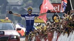 Julian Alaphilippe remporte la 10e étape du Tour de France au Grand-Bornand (Haute-Savoie), mardi 17 juillet 2018. (PHILIPPE LOPEZ / AFP)