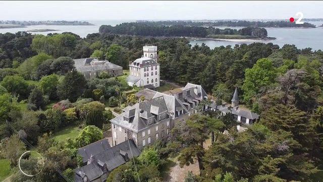Morbihan : des habitants luttent contre la construction d'un grand hôtel sur l'île de Berder