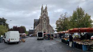 Le marché de Bihorel (Seine-Maritime), le 2 octobre 2019. (ROBIN PRUDENT / FRANCEINFO)