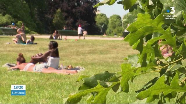 Déconfinement : les parcs parisiens font le plein pour leur ouverture