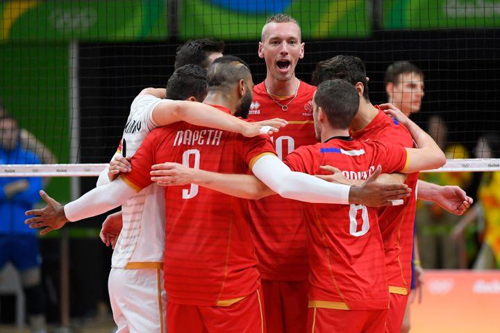 La team Yavbou face à l'Italie lors du premier match.