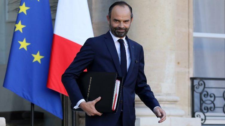 Edouard Philippe sur le perron de l'Elysée le 22 novembre 2017. (LUDOVIC MARIN / AFP)