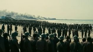 """Le film """"Dunkerque"""" réalisé par le réalisateur britannique Christopher Nolan sera à l'affiche mercredi. Il raconte un épisode inconnu de la Seconde Guerre mondiale : l'opération dynamo. (FRANCE 3)"""
