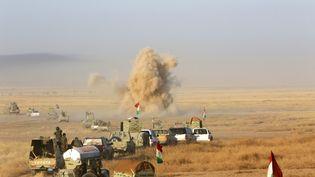 Colonne de peshmergas au sud-est de Mossoul, le 14 août 2016. (AZAD LASHKARI / REUTERS)