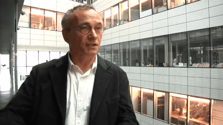 Claude Gueneau, grand reporter au service économique de la rédaction nationale de France 3 et spécialiste de l'industrie. (FRANCETV INFO )