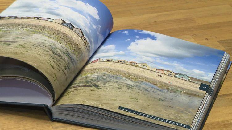 Arnaud Guérin, photographe normand, vient de publier un ouvrage sur le Cotentin. (C.Leloche / France Télévisions)