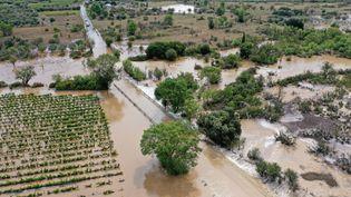 Une vue de la ville d'Aubais, dans le Gard, sous les eaux après les intempéries du 14 septembre 2021. (MIDI LIBRE / MAXPPP)