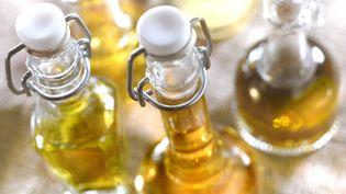 En mai 2013, la Commission européenne voulait fixer la manière de servir l'huile d'olive dans les restaurants. (CATALANO PIGA / AFP)
