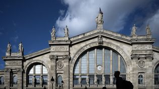 La façade de la gare du Nord, à Paris, le 10 octobre 2019. (PHILIPPE LOPEZ / AFP)