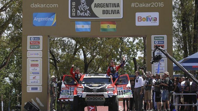 Le Néerlandais Bernhard Ten Brinke et son copilote belge Tom Colsoul, sur leur Toyota (GREGORY LENORMAND / DPPI MEDIA)